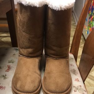 New Ugg Boot Size:8
